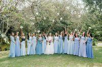 Madrinhas em azul claro - Casamento clássico no campo