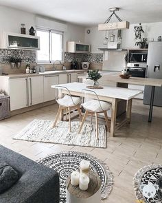 Complete your kitchen with the VIGO Kitch… Eclectic Interior Kitchen Design Idea! Complete your kitchen with the VIGO Kitch Rustic Kitchen Design, Interior Design Kitchen, Eclectic Kitchen, Eclectic Decor, Rustic Home Interiors, Küchen Design, Design Ideas, Large Furniture, Interior Design Living Room