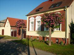 """Wohnhaus mit FeWo """"Neu Dessau"""""""