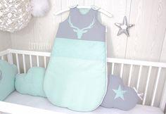 Gigoteuse bébé Cerf   Etsy Handmade Baby, Handmade Gifts, Star Cushion, Nursery Room, Custom Pillows, Creative, Christmas Stockings, Whimsical, Etsy Seller