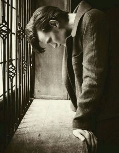 Discovered by Hiddleston who ? Find images and videos about doctor who, matt smith and the doctor on We Heart It - the app to get lost in what you love. Doctor Who, Eleventh Doctor, Matt Smith, Geronimo, Dr Who, Tardis, Don't Blink, Thats The Way, David Tennant