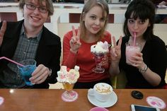 The Travel Liz & Friends - Consuming too much sugar at the @Home Maid Cafe.