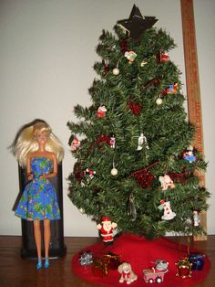 """BARBIE DECORATED 20"""" GREEN CHRISTMAS TREE  AND DOLL"""
