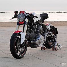 Custom Yamaha Virago by KSC Speedshop of Italy.