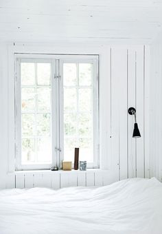 Modern Rustic Style In A Danish Summer House Bedroom Photos, Home Bedroom, Light Bedroom, Rustic Style, Modern Rustic, Scandi Style, Denmark Fashion, White Cottage, Modern Cottage