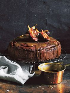 Sticky Fig Cake With Caramel Sauce Donna Hay Fig Recipes, Sweet Recipes, Baking Recipes, Cake Recipes, Dessert Recipes, Cupcakes, Cupcake Cakes, Just Desserts, Delicious Desserts