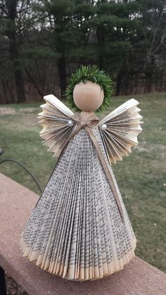Angel-Paige book country boho chic librarian teacher reuse recycle from books Paper Christmas Decorations, Paper Christmas Ornaments, Easy Christmas Crafts, Christmas Gnome, Christmas Angels, Christmas Projects, Simple Christmas, Old Book Crafts, Book Page Crafts