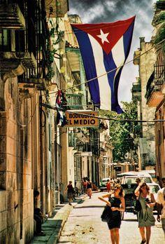Cuba, Julio 26 Havana | ©2015 John Galbreath
