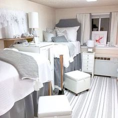 Tutwiler Dorm / ROOM 422 Bedding University of Alabama