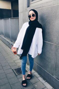 5ea3a05ba 56 Best موضة المحجبات images in 2019 | Abaya style, Ads, Arab Fashion
