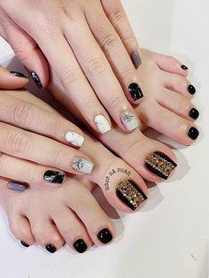 Pretty Toe Nails, Cute Toe Nails, Aycrlic Nails, Feet Nails, Pedicure Nails, Swag Nails, Pedicures, Square Nail Designs, Toe Nail Designs