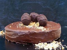 Mummy Made It: Triple Chocolate Easter Cake Made with Cauliflower and Avocado! Paleo, Gluten Free, Dairy Free, Processed Sugar Free