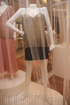 04.jpg (400×600) Vestido de seda bordado e franja de canutilhos / Anos 90 - Clodovil