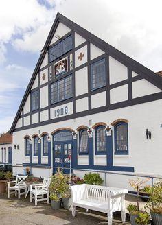 Fru Petersens Café in Bornholm, Ostermarie, Hovedataden_ Denmark