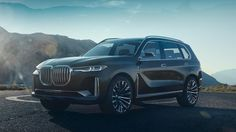 """BMW will show the Concept X7 iPerformance at the 2017 Frankfurt Motor Show, ahead of launching a production version in 2018 that aims to further bolster BMW's presence in the luxury car sector. It is, says BMW board member Ian Robertson, """"the X family's new top model."""