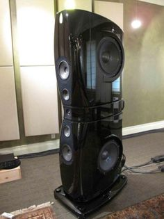 Hi-Fi Audio In Style for Home Entertainment Pro Audio Speakers, High End Speakers, Big Speakers, Audiophile Speakers, Speaker Amplifier, High End Audio, Hifi Audio, The Absolute Sound, Surround Speakers