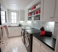 WEBSTA @krystine_edwards I am curious to hear from all of you what type of washer and dryer you have in your laundry room. I am cross eyed reading reviews and trying to decide which ones to get. On a happier note, this beautiful laundry room via @spinnakerdevelopment is what makes doing laundry feel like less of a chore.