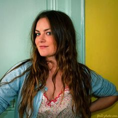 The sweet and talented Australian folk singer Julia Stone captivated us alongside her brother in the folk-blues duo Angus and Julia Stone. Angus & Julia Stone, Secret Places, Wonderwall, Her Brother, Female Singers, Ears, Indie, Folk, Blues