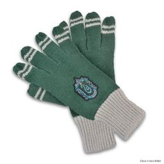 Slytherin Crest™ Gloves | Slytherin™ | Warner Bros Studio Tour London