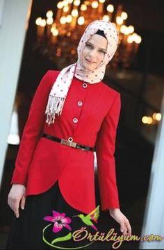 Ceketli Kırmızı Abiye Modeli