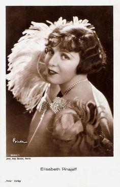 Elisabeth Pinajeff. German postcard by Ross Verlag, no. 3409/1, 1928-1929. Photo: Alex Binder, Berlin.