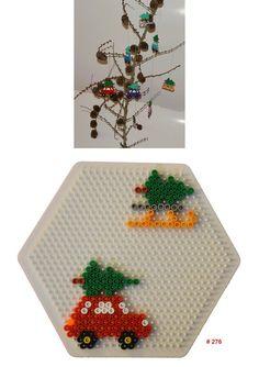 juletræ på tag i hama perler Hama Beads Design, Diy Perler Beads, Perler Bead Art, Hama Perler, Pearler Bead Patterns, Perler Patterns, Loom Patterns, Quilt Patterns, Bead Crafts