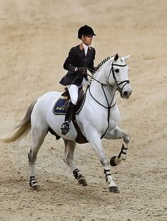 Portugal's Number One rider Luciana Diniz will be competing at #LGCTAntwerp #WorldClassSport