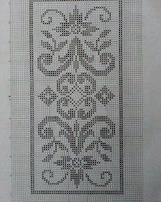 Hobilerim ve ben: 2019 Celtic Cross Stitch, Cross Stitch Borders, Cross Stitch Flowers, Cross Stitch Designs, Cross Stitching, Cross Stitch Embroidery, Embroidery Patterns, Cross Stitch Patterns, Swedish Weaving Patterns
