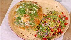 Sarımsaklı Baharatlı Ekmek ve Mercimek Salatası - yemek tarifi | 24Kitchen