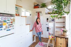 Tiny Homes on Wheels: The New Way of Living Tiny House Loft, Modern Tiny House, Tiny House On Wheels, Tiny House Design, Little House Living, Tiny Living, Walk In Wardrobe, Tiny Spaces, Home Decor Bedroom