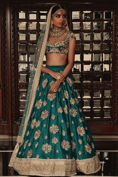 Colors & Crafts Boutique™ offers unique apparel and jewelry to women who value versatility, style and comfort. For inquiries: Call/Text/Whatsapp Designer Bridal Lehenga, Indian Bridal Lehenga, Indian Bridal Outfits, Indian Bridal Wear, Indian Dresses, Bridal Dresses, Bridal Mehndi, La Bayadere, Indian Couture