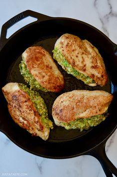 Broccoli-Cheddar Stuffed Chicken Breasts (Just a Taste) Broccoli Recipes, Salad Recipes, Chicken Recipes, Healthy Chicken, Turkey Recipes, Meat Recipes, Healthy Foods, Broccoli Cheddar, Frozen Broccoli