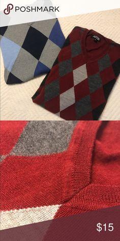 ⚡️FLASH SALE⚡️Men's Dress Sweaters Lot of 2 sweaters- Merona and Apt 9- both size Medium Merona Sweaters