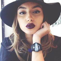 Dark lips for fall