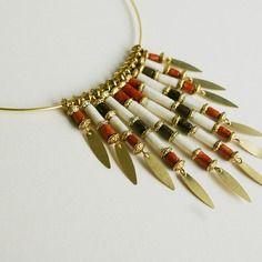 """Elégant collier """"écorce"""" en perles de papier lokta népalais couleurs marron - sanguine - blanc"""