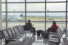 cadeira para sala de espera aeroporto - Pesquisa Google