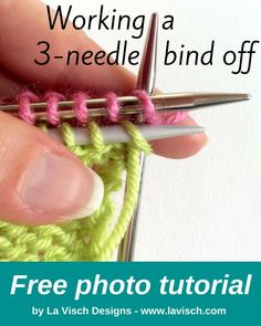 Binding off with the bind off method is a way to bind off and connect two sets of live stitches, each on their own knitting needle. Casting Off Knitting, Bind Off Knitting, Knitting Stiches, Loom Knitting Patterns, Free Knitting, Knit Stitches, Knitting Tutorials, Knitting Ideas, Crocheting Patterns