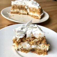 Ciasto marchewkowe RAW – Box of Goodies Healthy Desserts, Raw Food Recipes, My Favorite Food, Favorite Recipes, Polish Desserts, Cake Cookies, Vegan Vegetarian, Vegan Food, Eat Cake