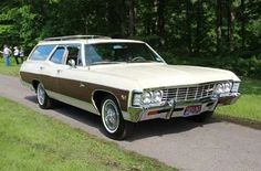 1967 Chevrolet Impala Station Wagon Chevy Caprice Classic, Chevrolet Caprice, Classic Chevrolet, Station Wagon Cars, Future Trucks, Us Cars, Chevrolet Impala, Car Manufacturers, Antique Cars