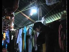 Solar bottle lights in the Philippines. Watch this short video how plastic bottles full of water provide light to homes in the Philippines, and enriching the lives of the poor with a very simple idea! Soda Bottles, Plastic Bottles, Water Bottles, Dark House, Pop Cans, Australian Curriculum, Bottle Lights, Chandelier Shades, Alternative Energy
