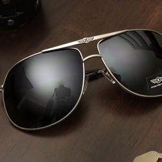 Stylish Aviator Sunglasses for Men