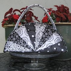 Silver quilted fan purse