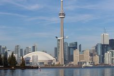 The Top 10 Things To See And Do On Toronto's Lakeshore