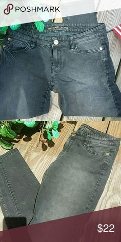 HAPPY 4TH!MK Micheal Kors faded black jean! This is a pair of MK skinny  jean size 2! Totally awesome!  Inseam is 30. 99% cotton 1% spandex over there is some stretch. They are faded black jeans Thanks for looking please make an offer!! Michael Kors Jeans Skinny