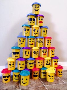 """I used a black paint marker and red sharpie. Goggled """"Lego f… Lego faces playdoh. I used a black paint marker and red sharpie. Goggled """"Lego faces"""" or """"draw Lego faces"""" and examples came up. Lego Movie Party, Lego Party Games, Lego Movie Birthday, Lego Themed Party, Ninjago Party, Birthday Party Games, 4th Birthday Parties, Boy Birthday, Lego Birthday Banner"""
