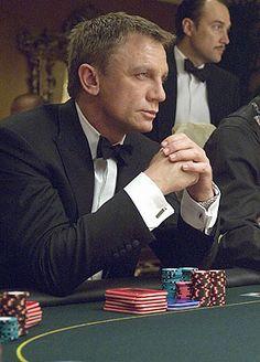 'Casino Royale' starring Daniel Craig as James Bond. Casino Royale, James Bond Tuxedo, James Bond Style, Rachel Weisz, Estilo James Bond, Richard Curtis, Daniel Graig, Daniel Craig James Bond, Craig Bond