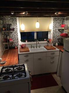 Lovely vintage kitchen, via My Empty Nest: A Letter To My Tiny House | Tiny Homes