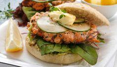 Lakseburger med hjemmelaget sitronmajones
