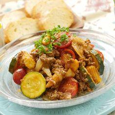 簡単なのに本格!夏野菜の冷製ハッシュドビーフ風 - macaroni Kung Pao Chicken, Pork, Food And Drink, Cooking, Ethnic Recipes, Sweet, Foods, Kale Stir Fry, Cuisine