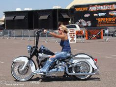 Girl on an old motorcycle: Post your pics! - Page 577 - ADVrider #harleydavidsonsoftailheritage